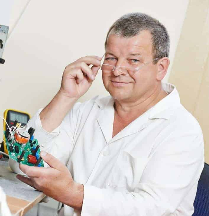 Technical engineer with microchip